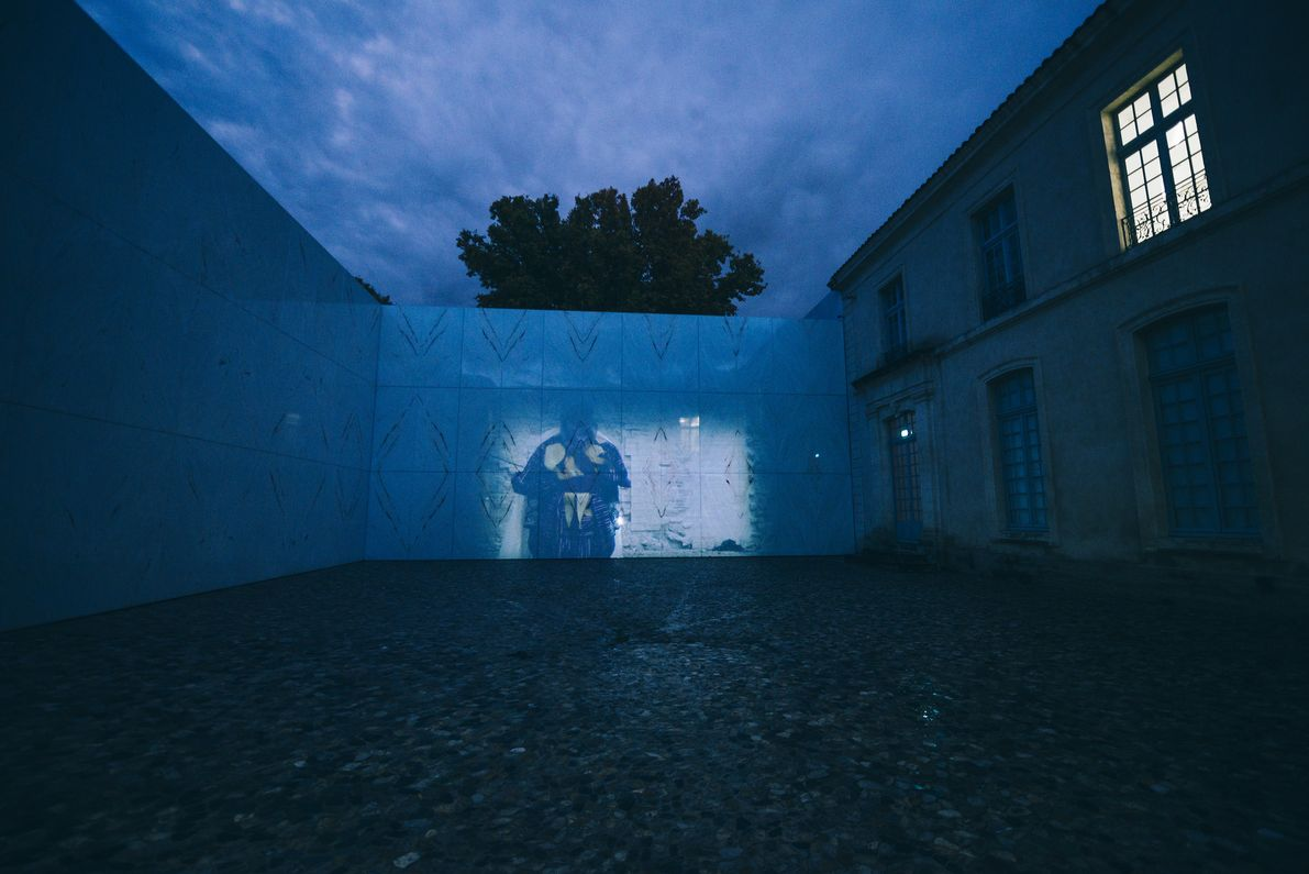 "Screening of ""Yasuka, le samourai noir"" by Native Maqari and Simon Rouby at the Viva Villa festival, at the Collection Lambert. Photograph by Louise Quignon / Hans Lucas. 